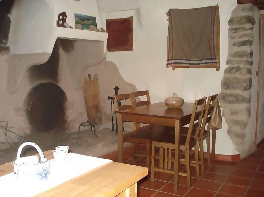 Comedores con chimenea livings comedores en doble altura - Comedor con chimenea ...